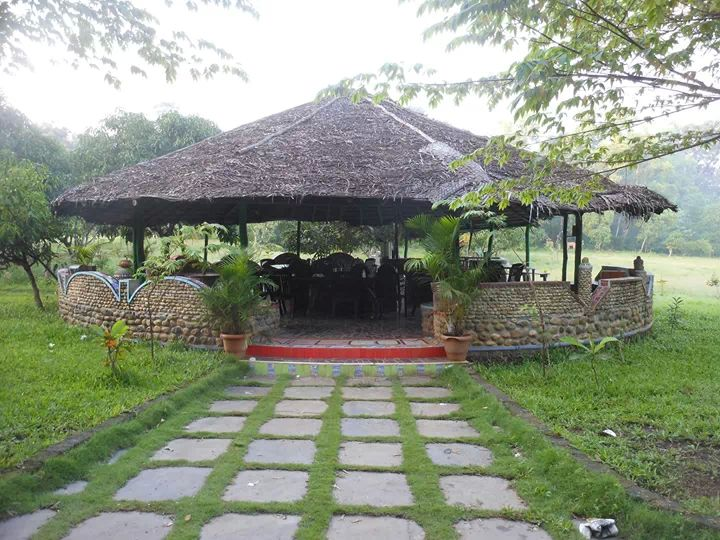 Golghar Dandeli lodge